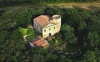 002-castello-di-scerpena-tuscany-italy