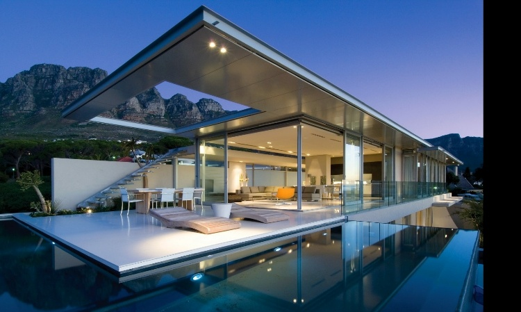 Wonderful First Crescent By SAOTA