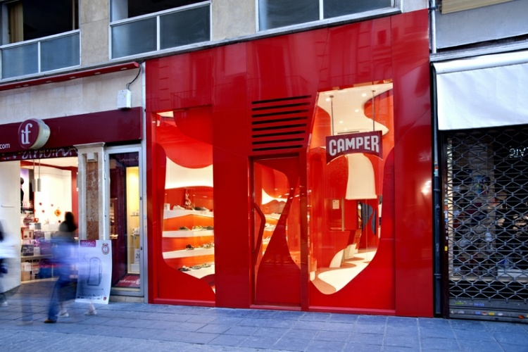 Camper Store in Granada by A-Cero - 1