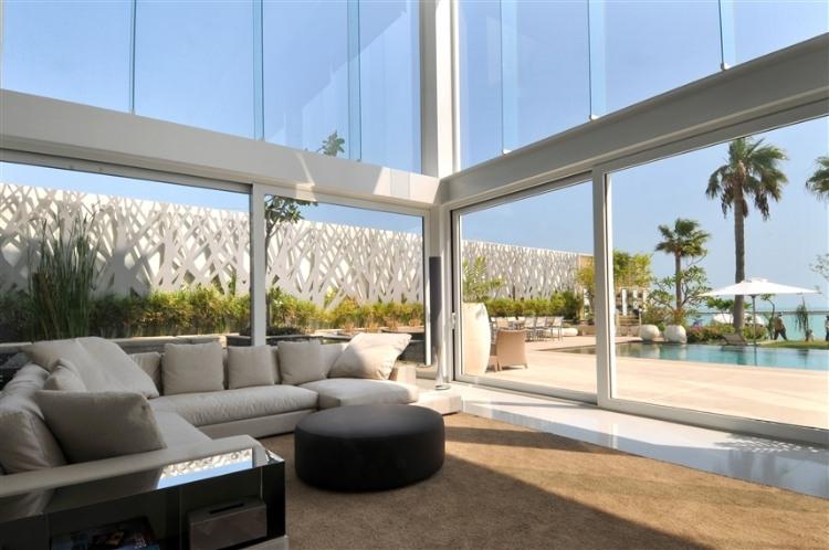 Beach Villa In Bahrein HomeAdore