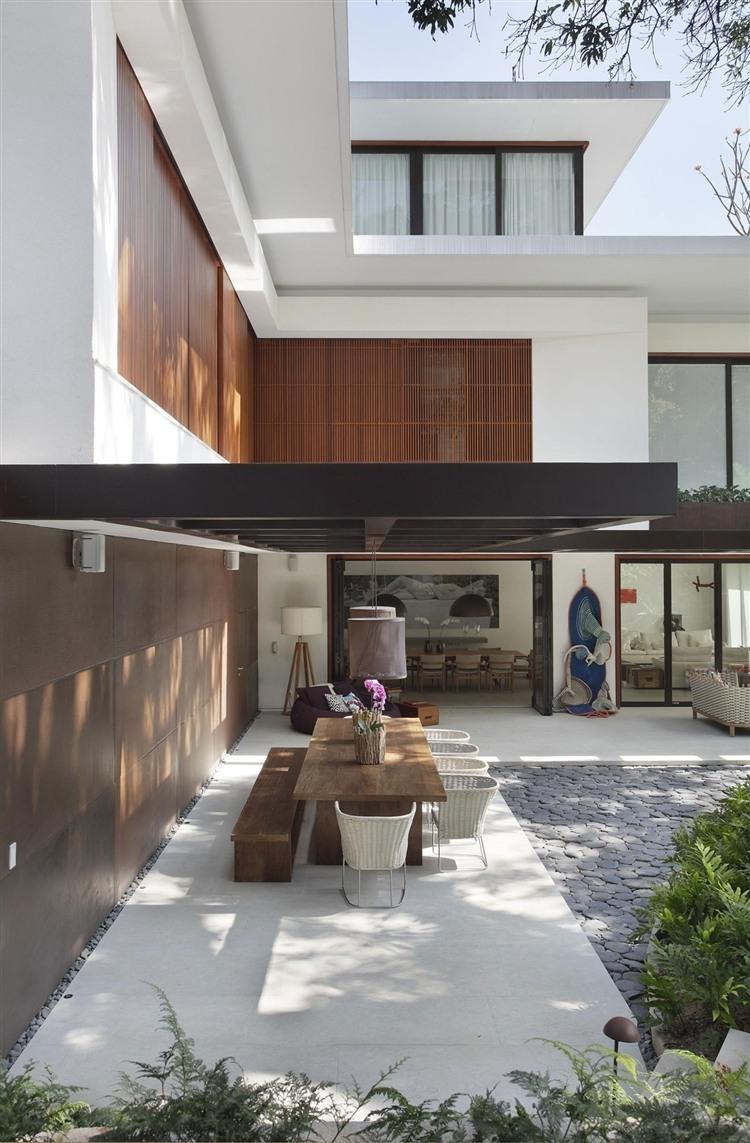 Tempo House by Gisele Taranto Arquitetura