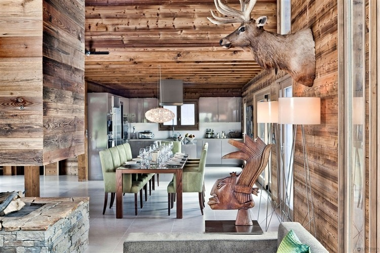 One Oak Chalet in French Alps | HomeAdore