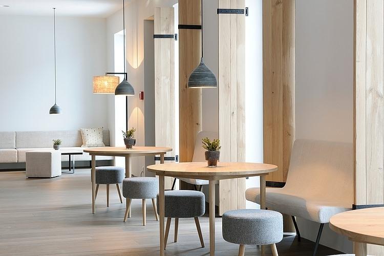 Wiesergut boutique hotel by gogl architekten homeadore for Boutique hotel saalbach