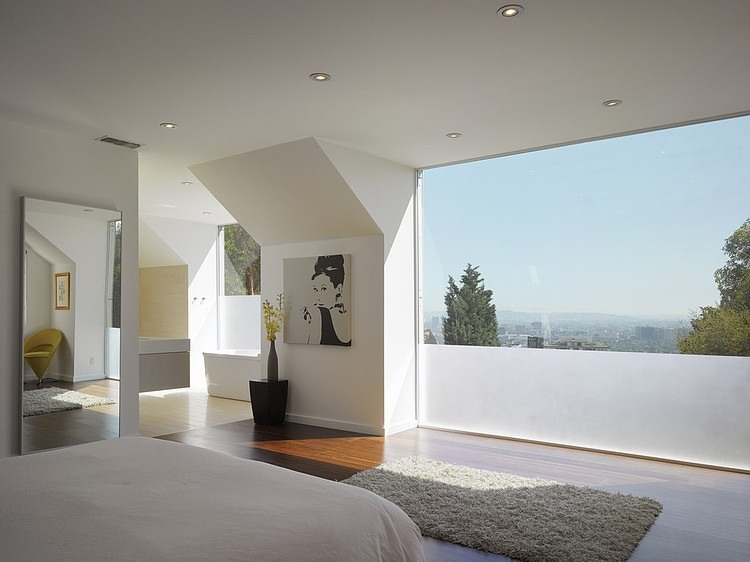 Marvelous Residence in Hollywood Hills by Griffin Enright Architects