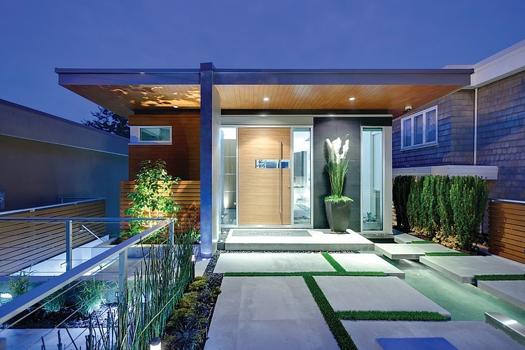 House in Vancouver by Kliewer Bros Construction