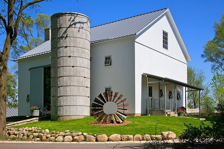 Michigan Barn by Northworks Architects and Planners