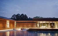 003-curved-house-hufft-projects