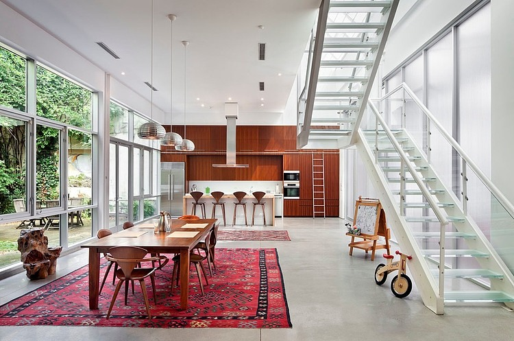 Brooklyn Artist Loft by BWArchitects