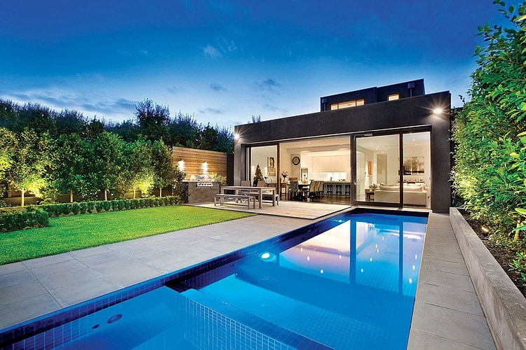Armadale residence by canny homeadore for Estilos de piscinas modernas