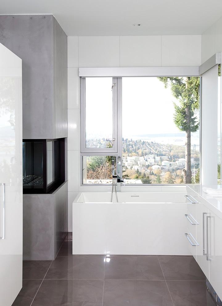 Superb Burnaby Residence by Tanya Schoenroth Design