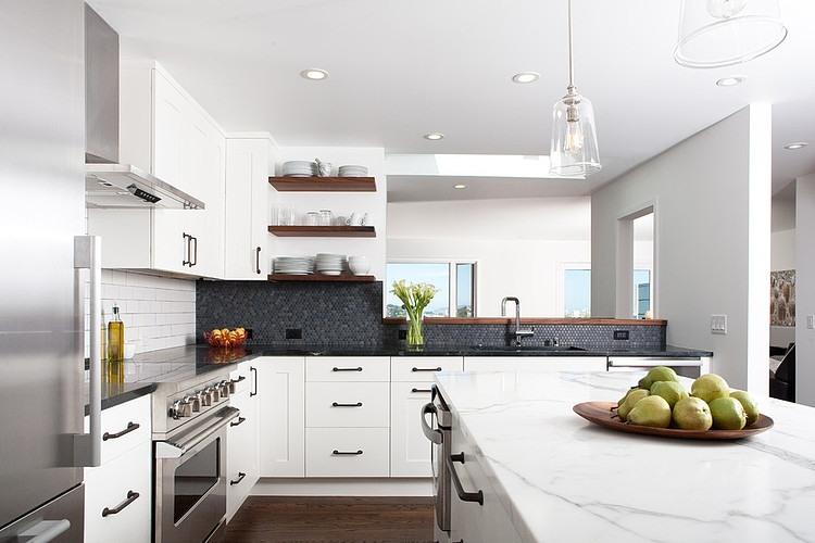 Modern Rustic Home by Regan Baker Design « HomeAdore