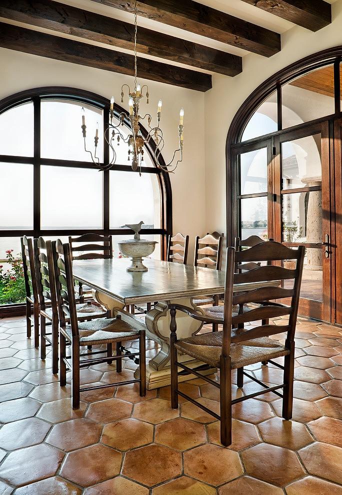 dining room spanish