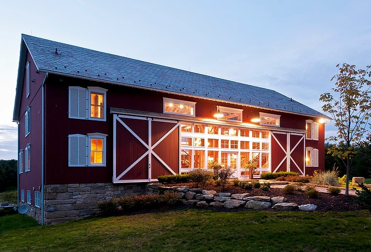 Private Barn in Ohio by Blackburn Architects