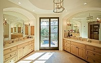 023-houston-residence-thompson-custom-homes
