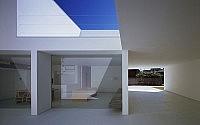 008-white-cave-house-takuro-yamamoto-architects