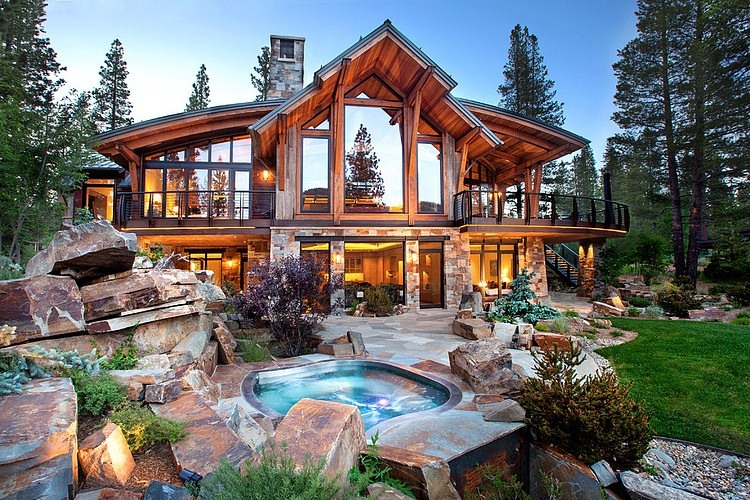 North Lake Tahoe Residence by Kelly & Stone Architects