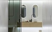 walsh-bay-kbdi-small-bathroom-year-australian-bathroom-designer-2013-darren-genner-minosa-corian-walls-gessi-black-goccia-lupi-base-06