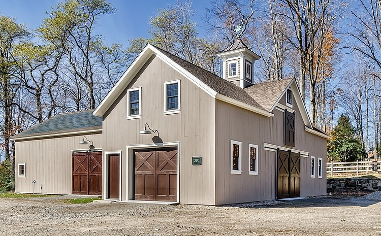 Redding cottage and barn by blansfield builders homeadore - Cottage anglais connecticut blansfield ...