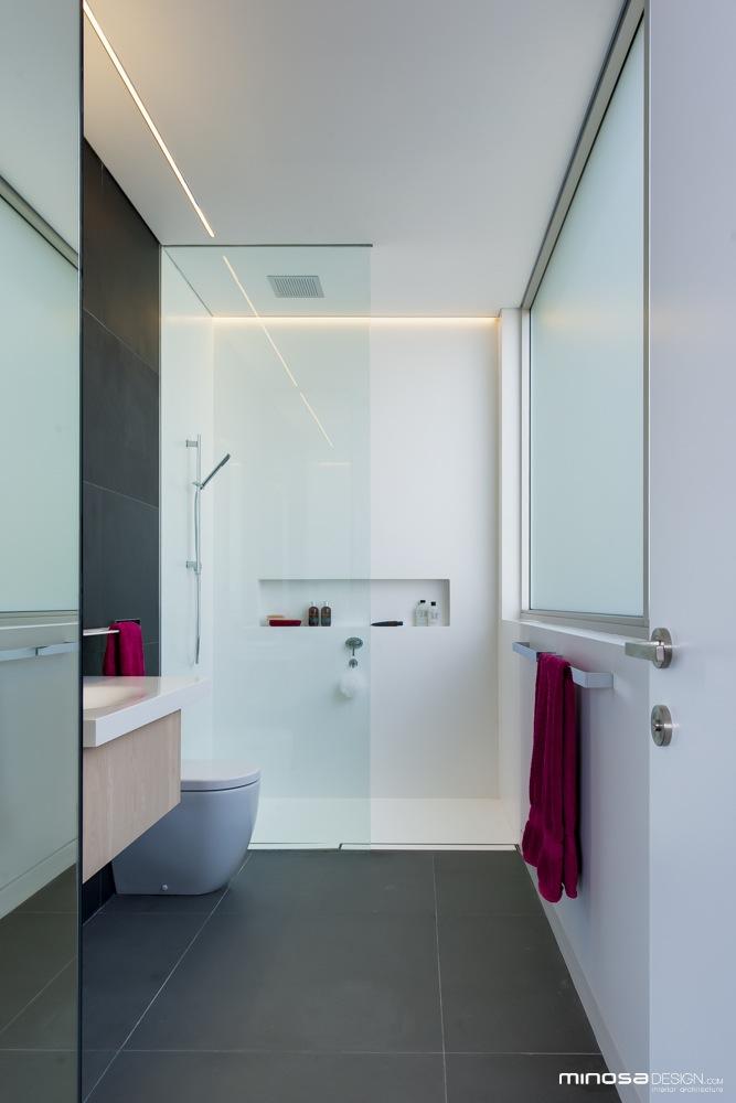 Narrow Bathrooms Can Be Effectiveu2026