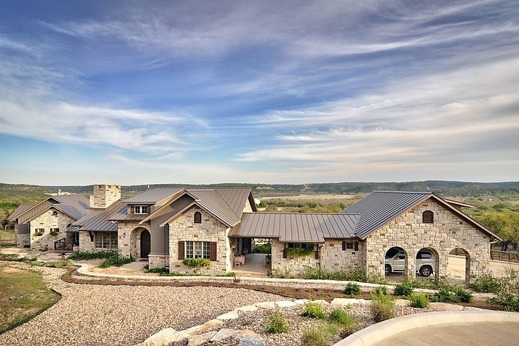 hill country dream by schmidt custom homes homeadore