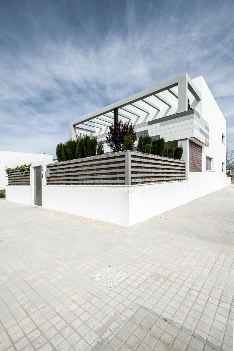 House v02 by Viraje Arquitectura