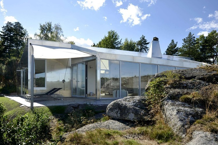 Aluminum Cabin by Jarmund / Vigsnaes Architects