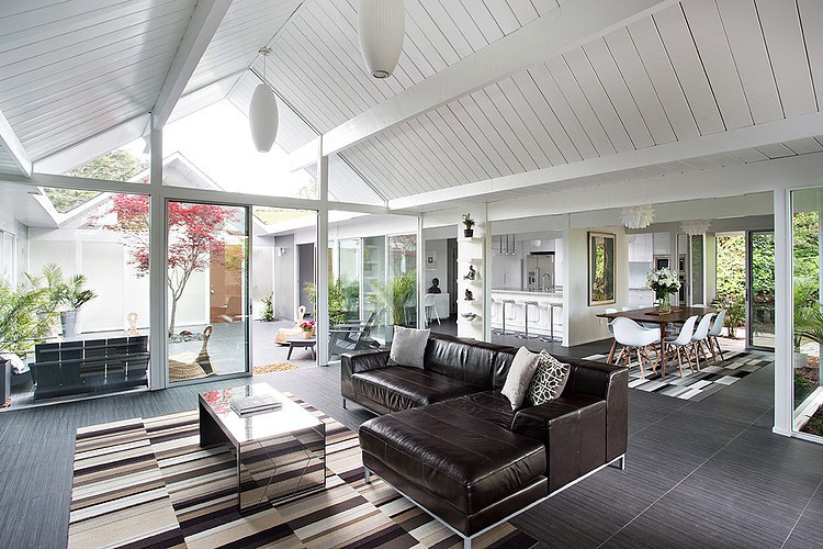 Double Eichler Remodel by Klopf Architecture