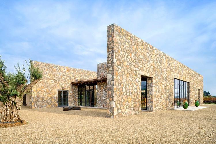 Zinfandel estate by total concepts homeadore - Maison en pierre seche ...