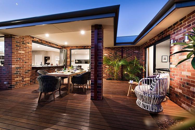 023 botanica dale alcock homes homeadore for Dale alcock home designs