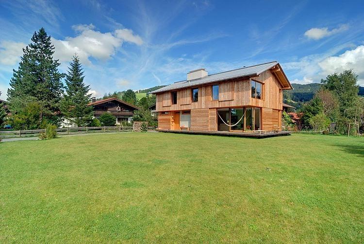 Schliersee Dream Home by Vonmeiermohr Architekten