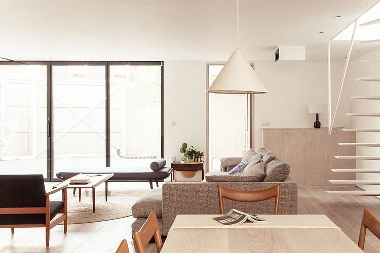 Herringbone House by Atelier Chanchan