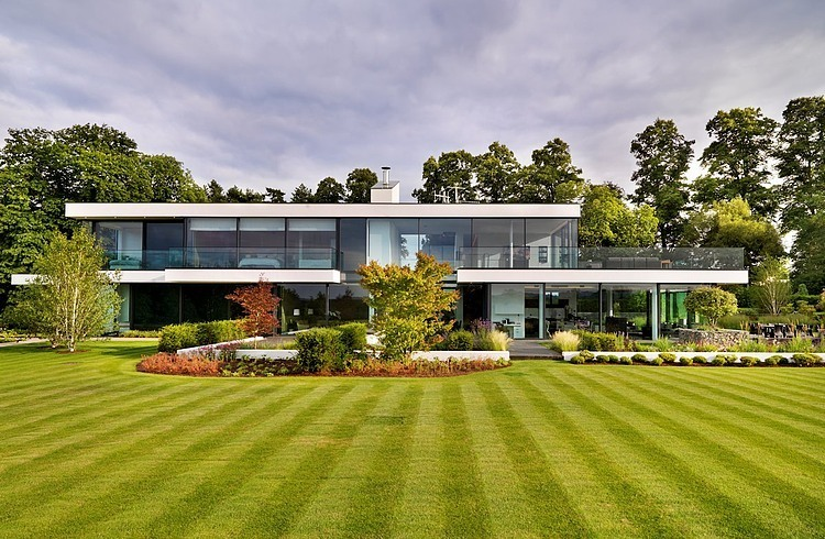 Modern Country House By Gregory Phillips Architects