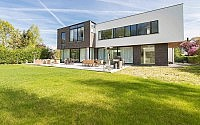 001-modern-home-uccle