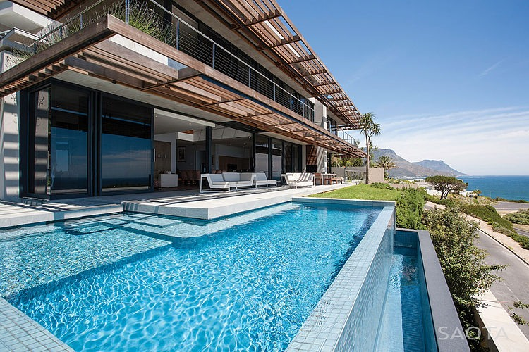Kloof 151 by SAOTA