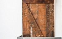barn door close up