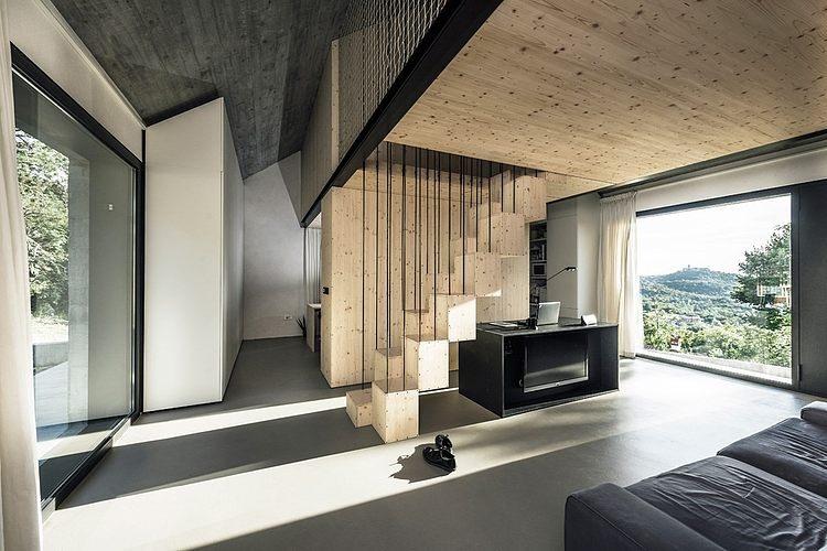 Compact House by Dekleva Gregoric Arhitekti
