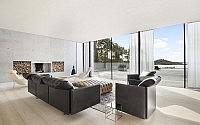 001-modern-seaside-villa-budskr