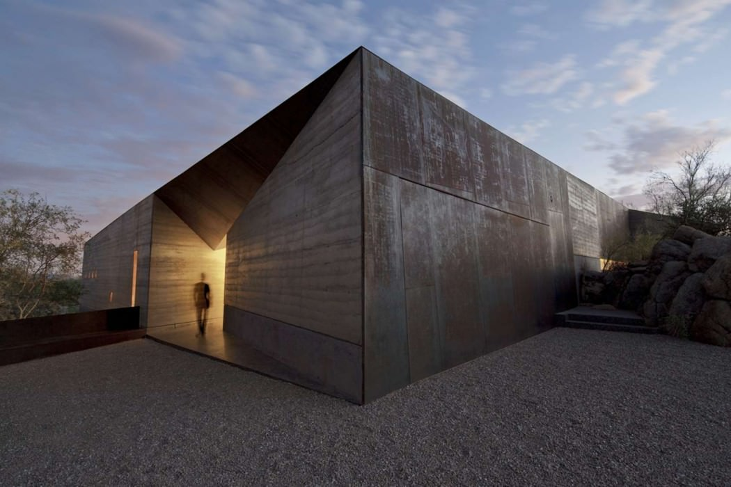 House in Desert by Wendell Burnette Architects