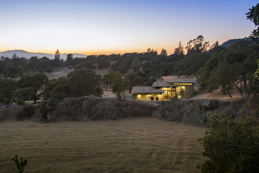 Home in Napa by Atelier HSU
