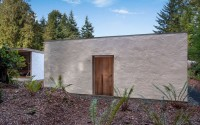 006-brown-cabin-darcy-jones-architecture