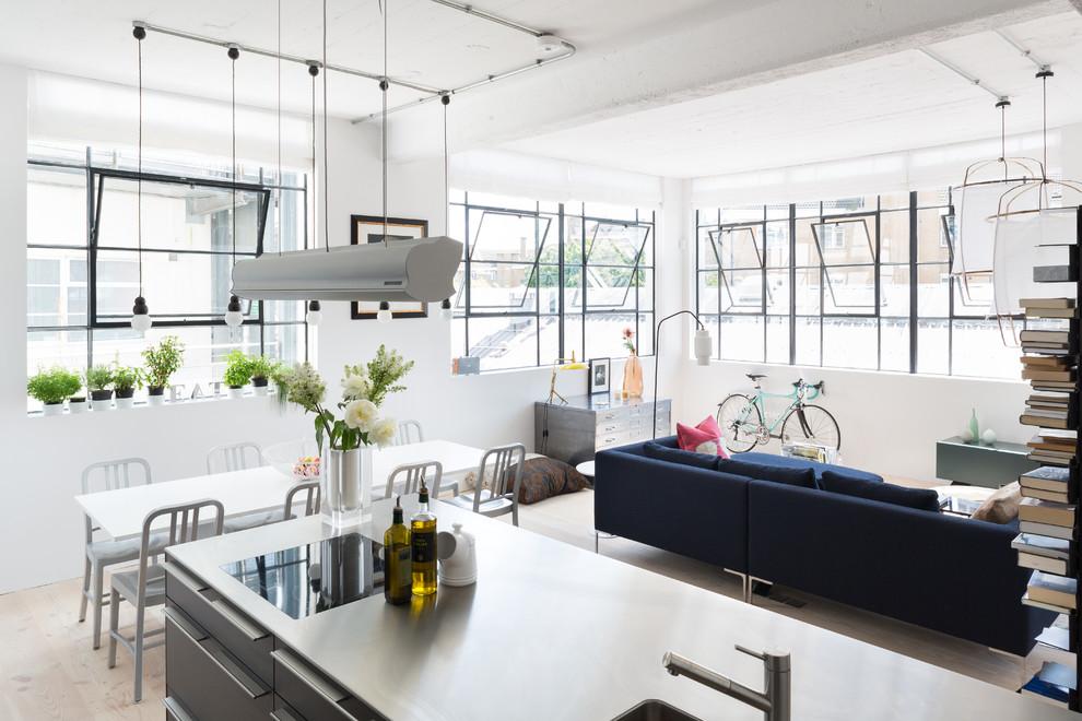London Loft by Cloud Studios | HomeAdore HomeAdore