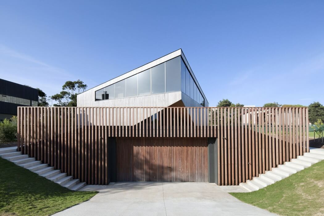 Aireys House by Byrne Architects