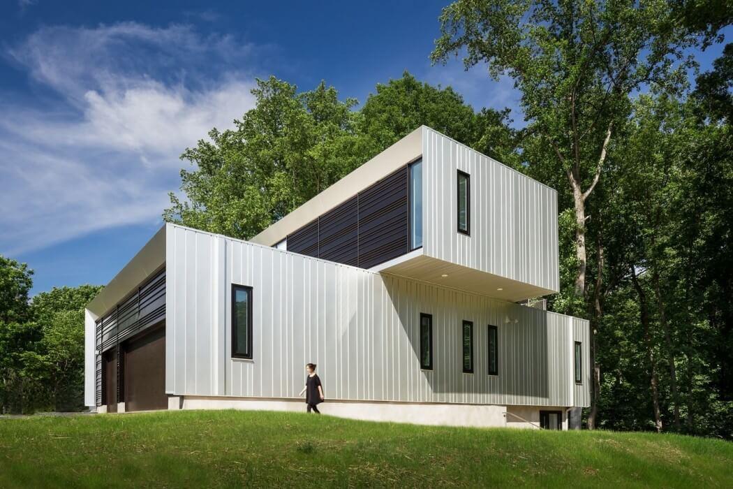 Bridge House by Höweler + Yoon Architecture