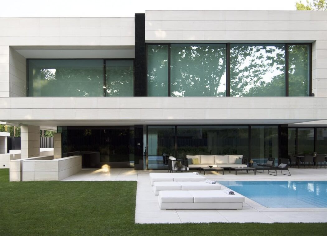 Park House By A Cero