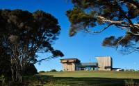 001-waiheke-island-house-mitchell-stout-architects