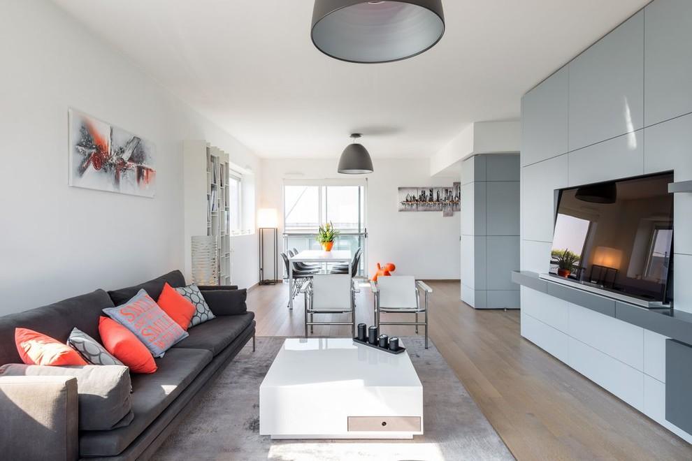 Duplex apartment in lyon homeadore for Duplex apartment design