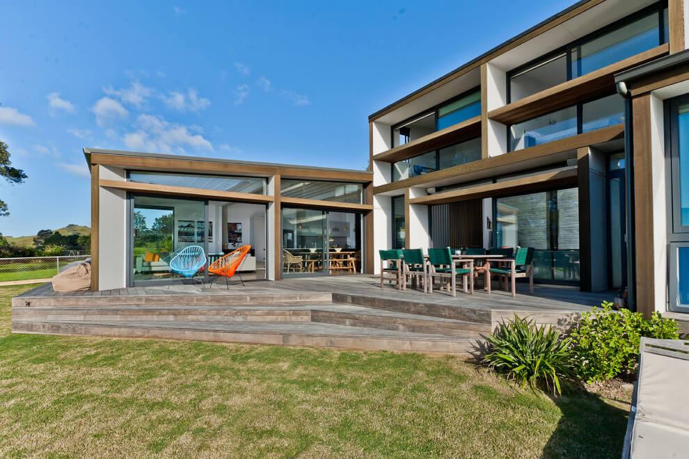 Hahei Beach House by Percival Construction