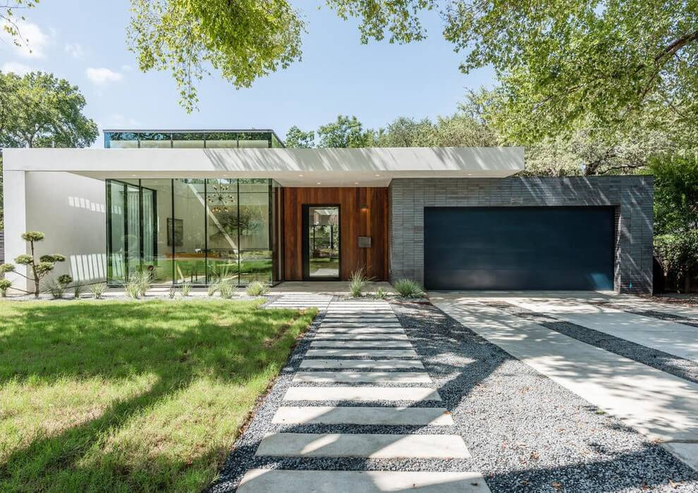 Residence in Austin by Acero Construction