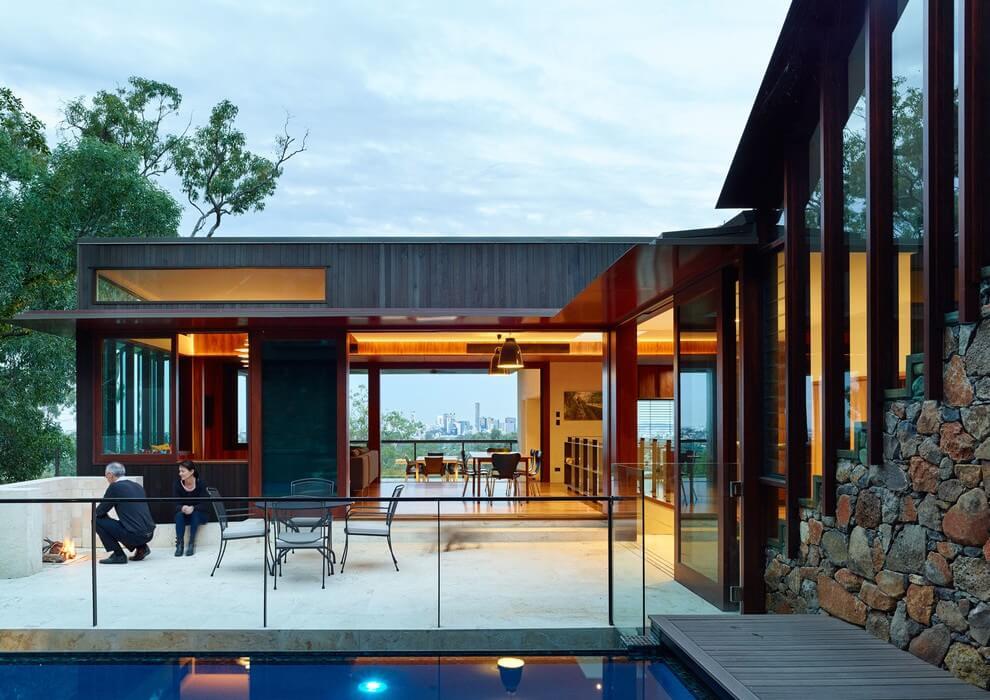 Bardon House by Bligh Graham Architects