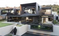 002-kloof-road-house-nico-van-der-meulen-architects